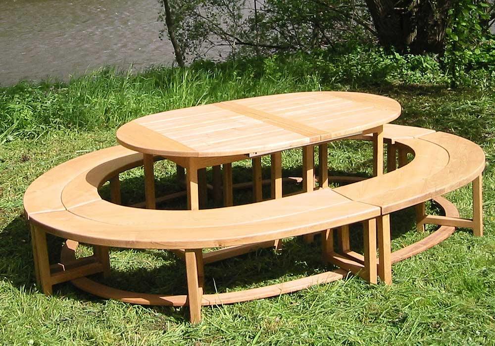 Table et banc de jardin