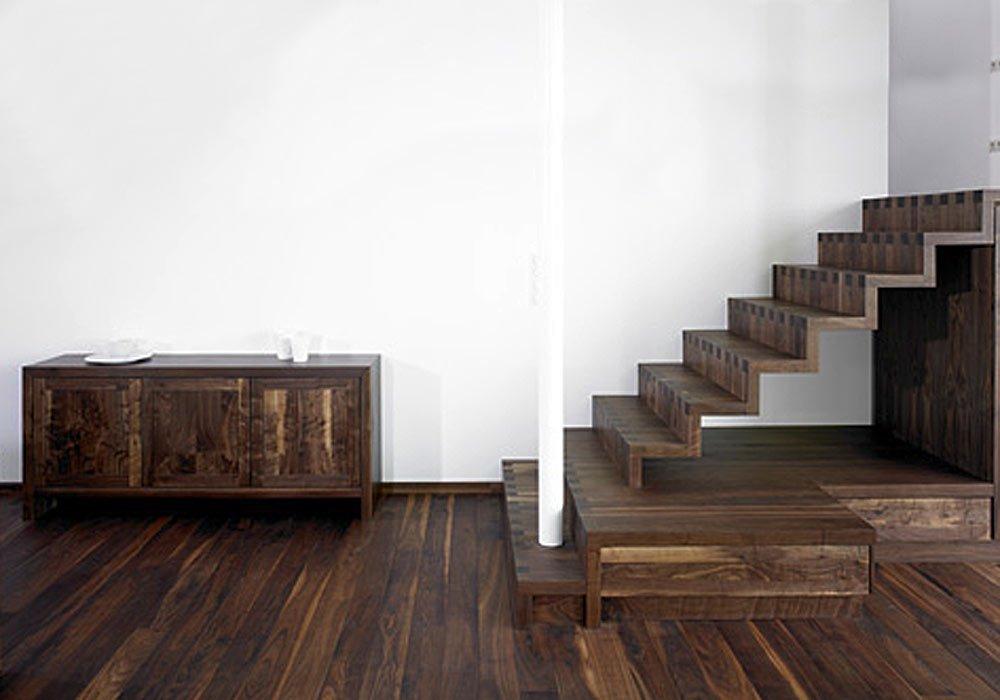 Escalier, étagère, table, sol