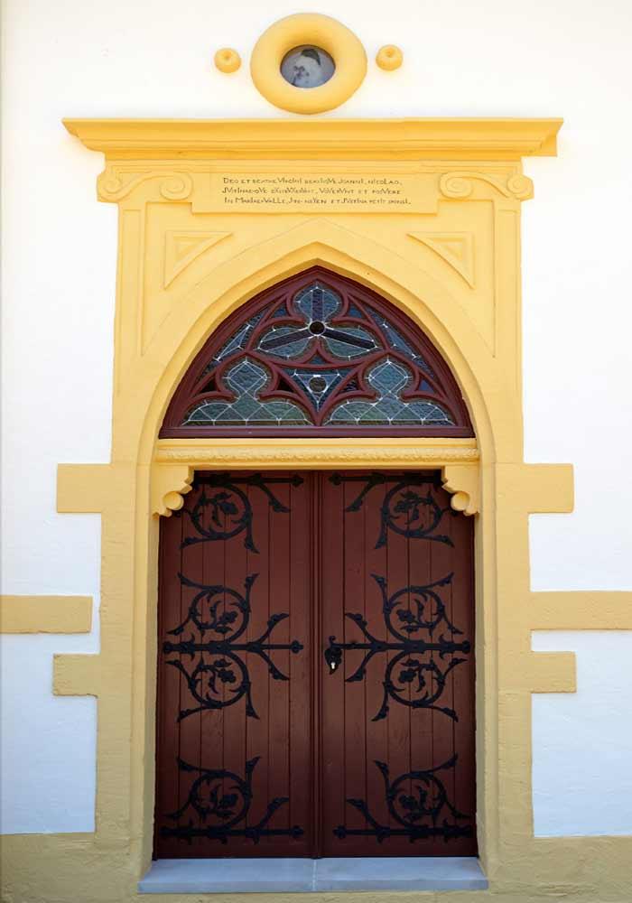 Restauration de porte ancienne